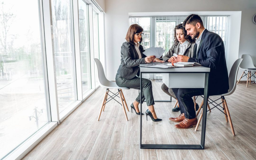 What to Consider When Selecting a Business Broker